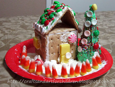 graham cracker gingerbread house ice cream cone christmas tree