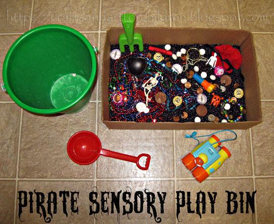 pirate-sensory-play-bin