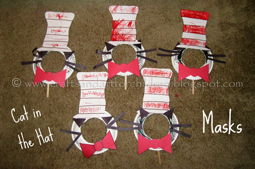 Make paper plate Cat in the Hat Masks {Dr Seuss craft}