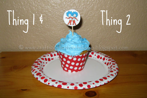 Thing 1 and Thing 2 printable cupcake wrappers and toppers