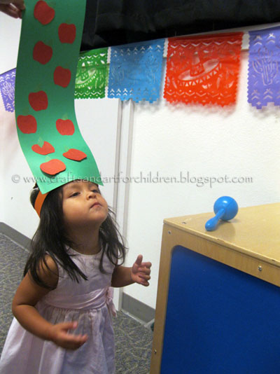 Dr Seuss Craft for Ten Apples Up on Top