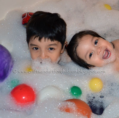 Ball Pit Bubble Bath ~ Fun Kids Activity