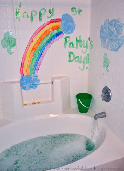 St Patrick's Day Bath Play Activity