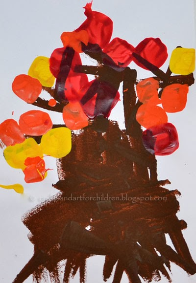 Preschool Fall Craft: Tree Painting