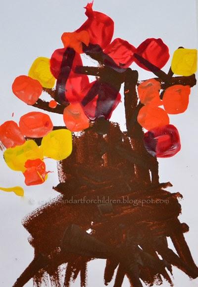 Preschool Fall Craft: Tree Painting