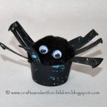 Tp Tube and Pop Pom Spider - Halloween Crafts for Kids
