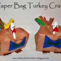 14 Thanksgiving and Fall Crafts for Kids + 5 Books