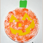 Painting with a Loofah | Paper Plate Pumpkin