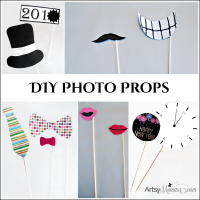 DIY New Year's Photo Props