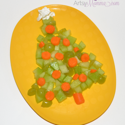 Fruit and Veggie Christmas Tree – Healthy Snack Idea