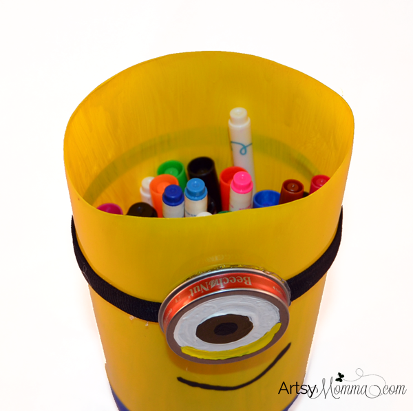 DIY Minion Marker Container made from Plastic Bottle