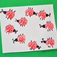 Vegetable Stamping Craft: Carrot Bugs