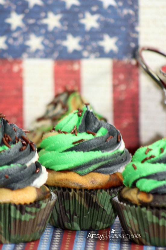 How to make Camouflage Birthday Cupcakes