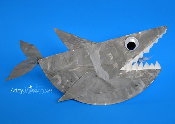 rockin paper plate shark craft for kids artsy momma paper plate shark that rocks ocean craft