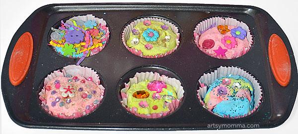 2 Ingredient Playdough Recipe & Cupcake Play Activity