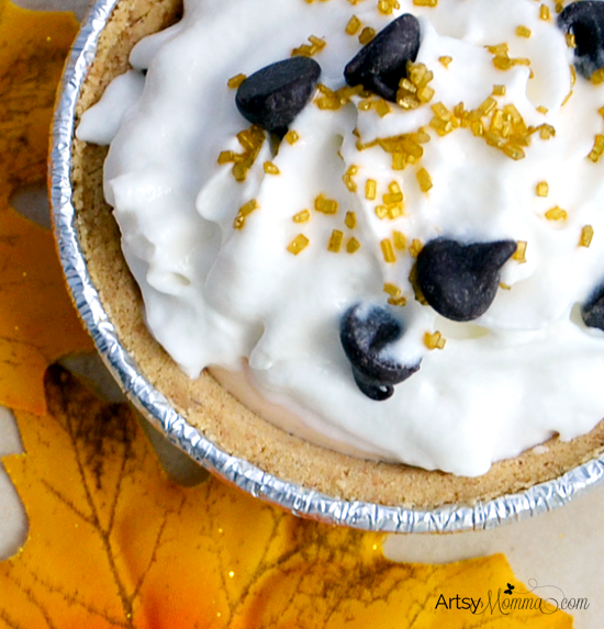 Effortless Mini Pie using Keebler Ready Crust & Dannon Greek Yogurt