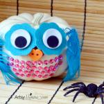 Simple, No-carve Mini Pumpkin Owl