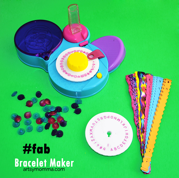 TEXT COOL bracelet maker
