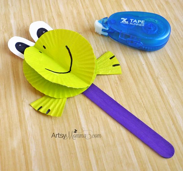 3D Paper Frog Cupcake Liner Craft