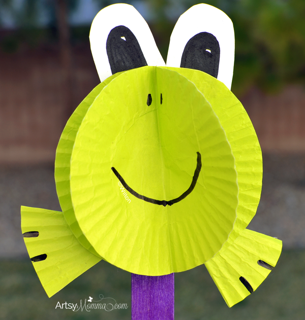 Cute Frog Craft from Cupcake Liners
