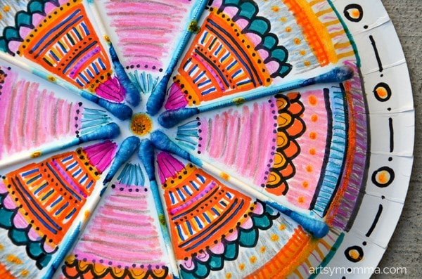 How to Make a Mandala Using Q-tips - Elementary Craft