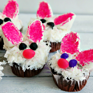 Super Cute Easter Bunny Cupcakes