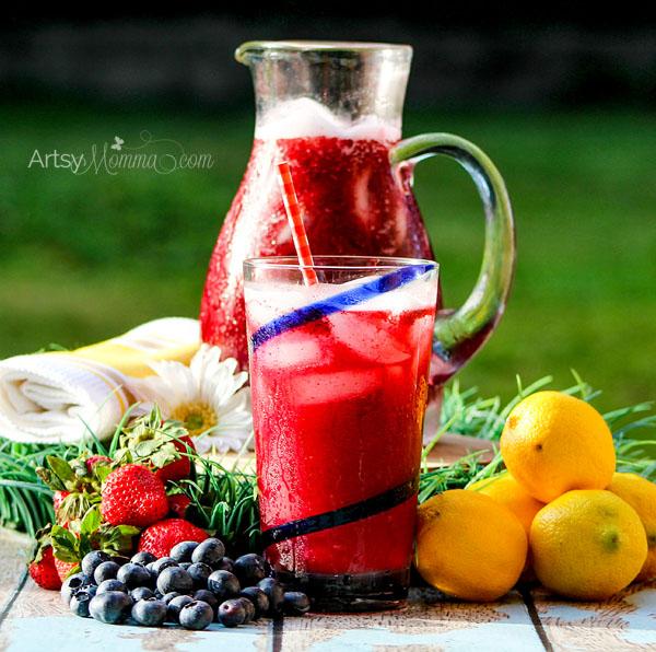 Blueberry Strawberry Lemonade Recipe for Summertime