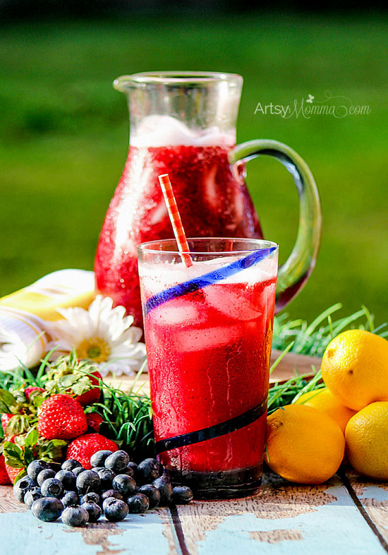 Strawberry Blueberry Lemonade