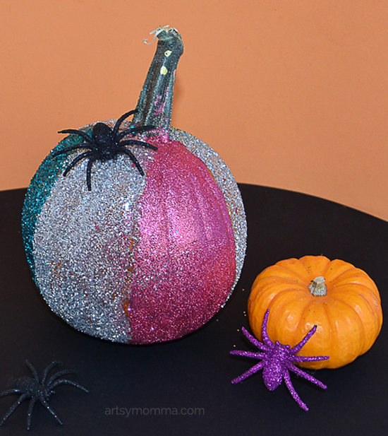 Decorating Pumpkins with Glitter for Halloween