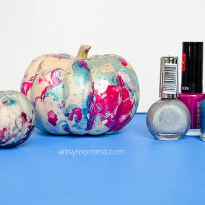 Marbling Pumpkins with Nail Polish Technique