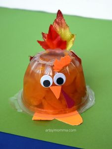 Easy Snack Cup Turkey Idea for classroom/party favors with leaves as feathers