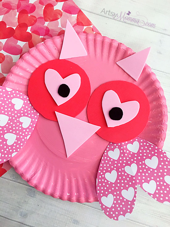 Charming valentine 39 s day owl craft artsy momma for Valentines day art and crafts for preschoolers