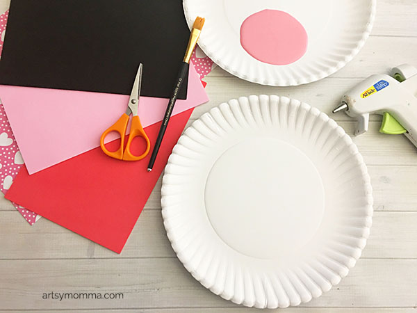 Supplies for Valentine's Day Owl Craft