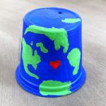 Turn an Empty K Cup into an Earth Craft for Kids