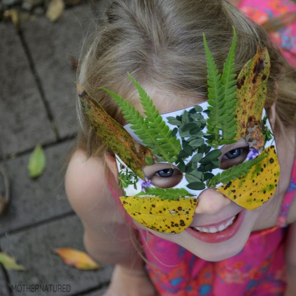In this post, we will inspire you and your kids how to get back outside, enjoy the outdoors and getting creative with nature arts and crafts. Take a look!