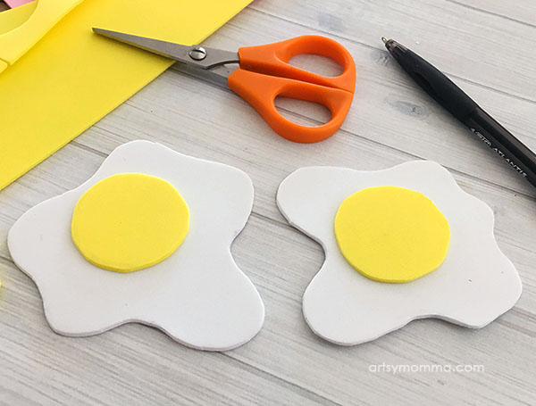 Pretend Eggs Tutorial for Kids - DIY Toy for pretend play.
