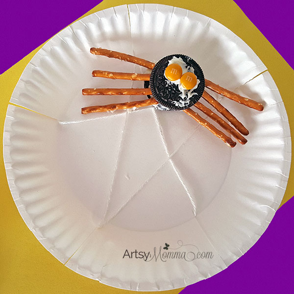 Kid-made Oreo Spider Craft or Party Snack for Halloween