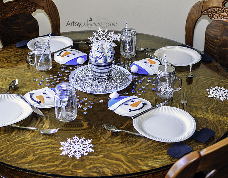 Fun Snowman Table Setting Idea for a Kids Winter Party & Paper Plate Snowman Table Setting for Winter Themed Party