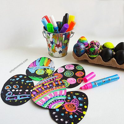 DIY Chalkboard Easter Egg Decorating Ideas - Using both black eggs and chalkboard paper with Fun Chalk Markers