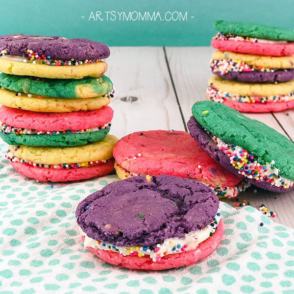 DIY Unicorn Cookie Sandwiches Tutorial - Cute for a Unicorn Themed Birthday Party!