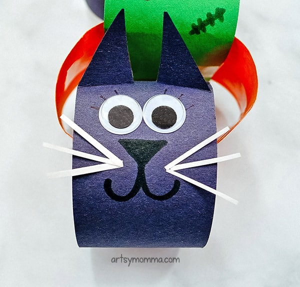 Rolled Paper Black Cat Craft