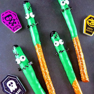 Fun Chocolate Dipped Frankenstein Pretzel Rods