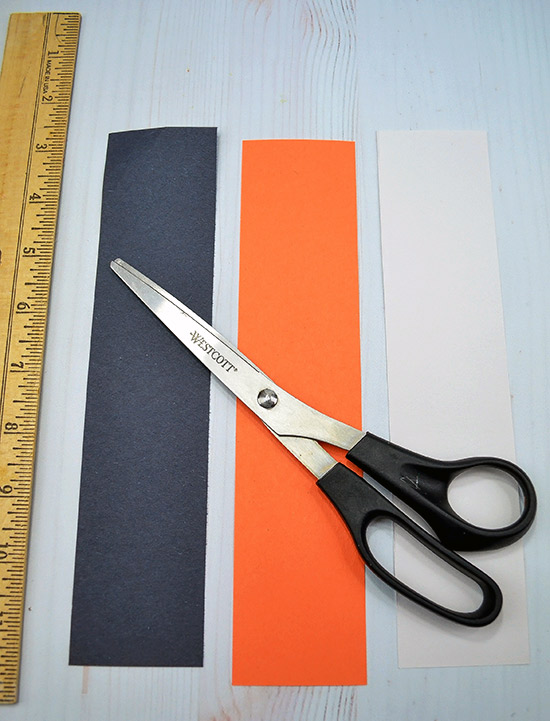 Easy Construction Paper Craft - cut long strips