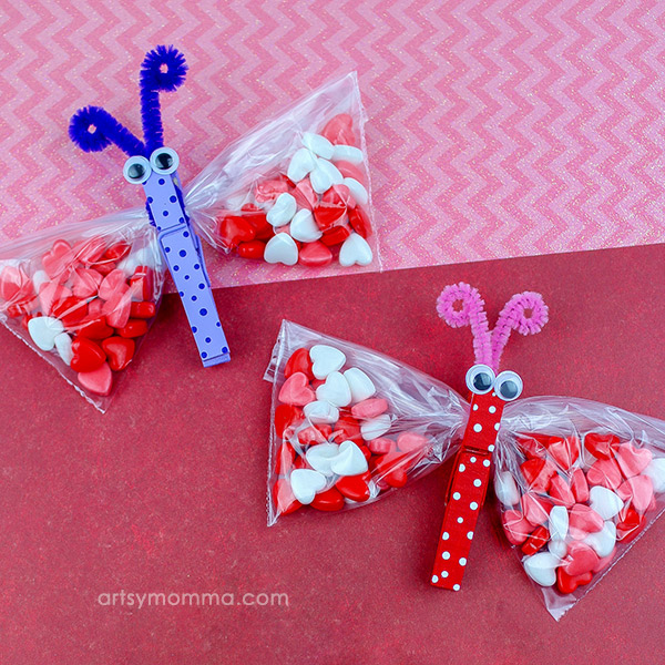 How to make clothespin butterfly candy bag favors for the classroom or party