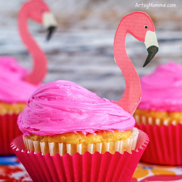 Easy Flamingo Cupcakes with Printable Toppers