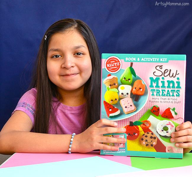 Sew Mini Treats by Klutz craft kit