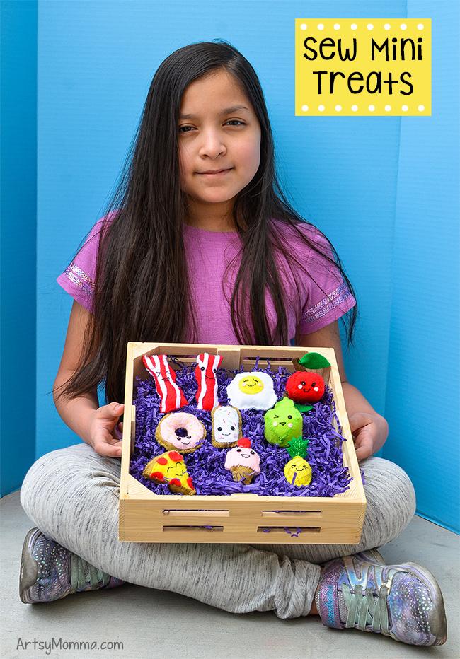 Sew Mini Treats - DIY Felt Play Foods